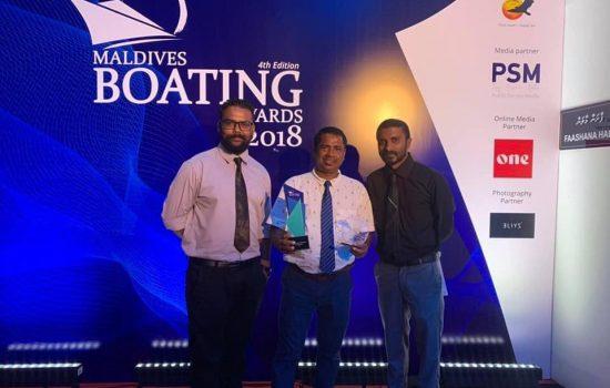 Blue K Safari receives 'Best Fishing Safari of the Year 2018 Shad Hamdhoon BlueK